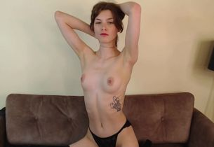 Fledgling Young woman Disrobe And Jerk